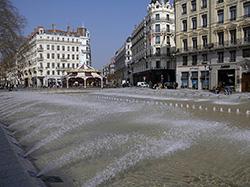 Praesta Lyon- Place république